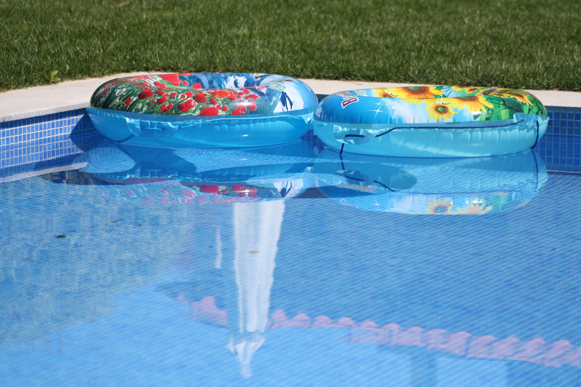 How to Reduce Pool Energy Use This Summer